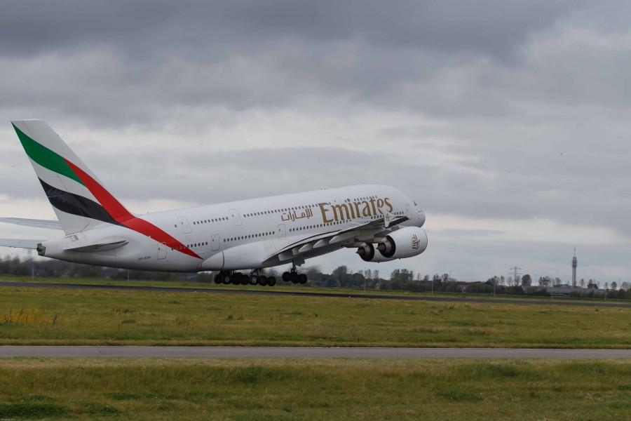 Airbus A380-861  Emirates
