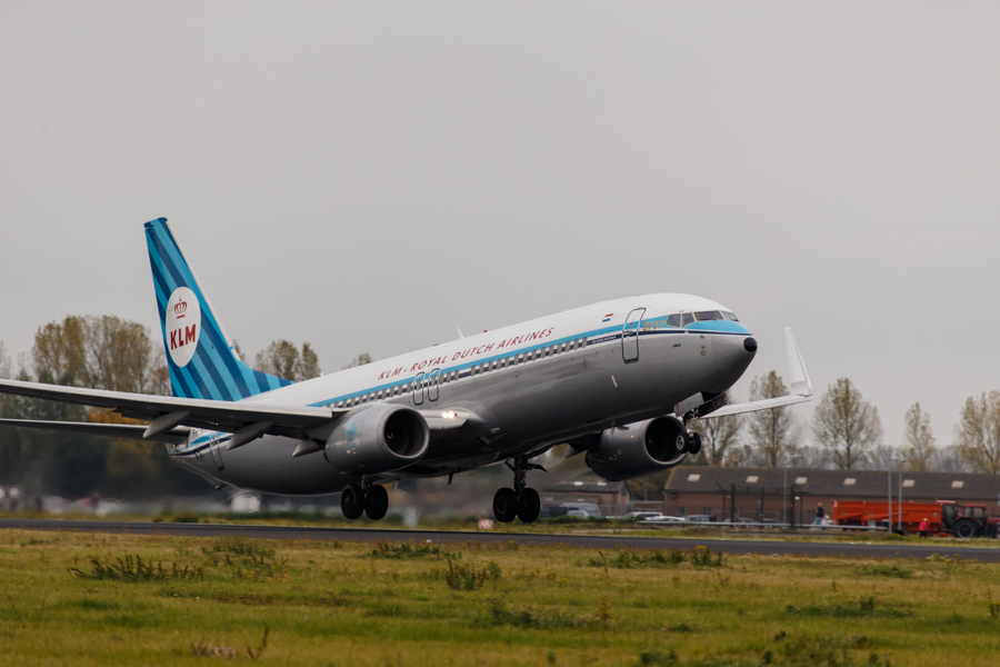 Boeing 737-8K2(WL)  KLM