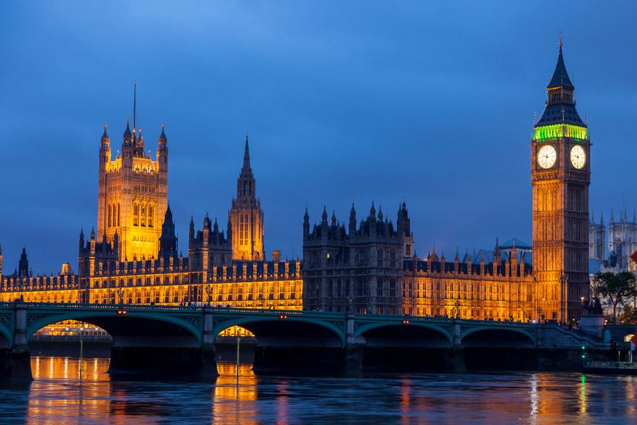 Houses of Parliament met Big Ben