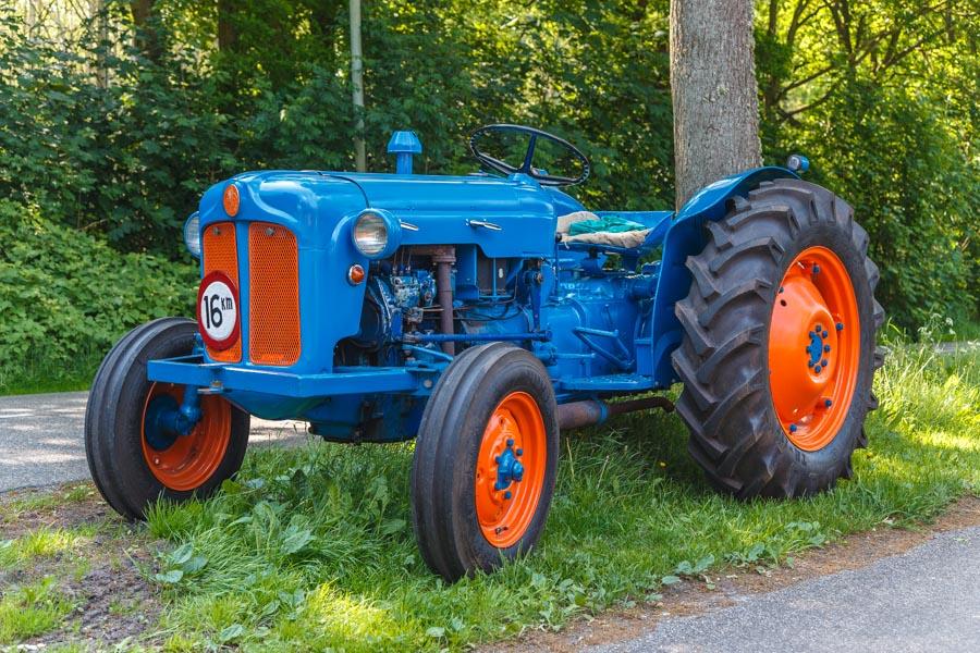 Tractor, refurbished